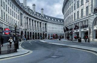 Eerie photos of empty London during Coronavirus