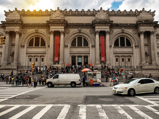 The Metropolitan Museum of Art is offering head-spinning virtual tours