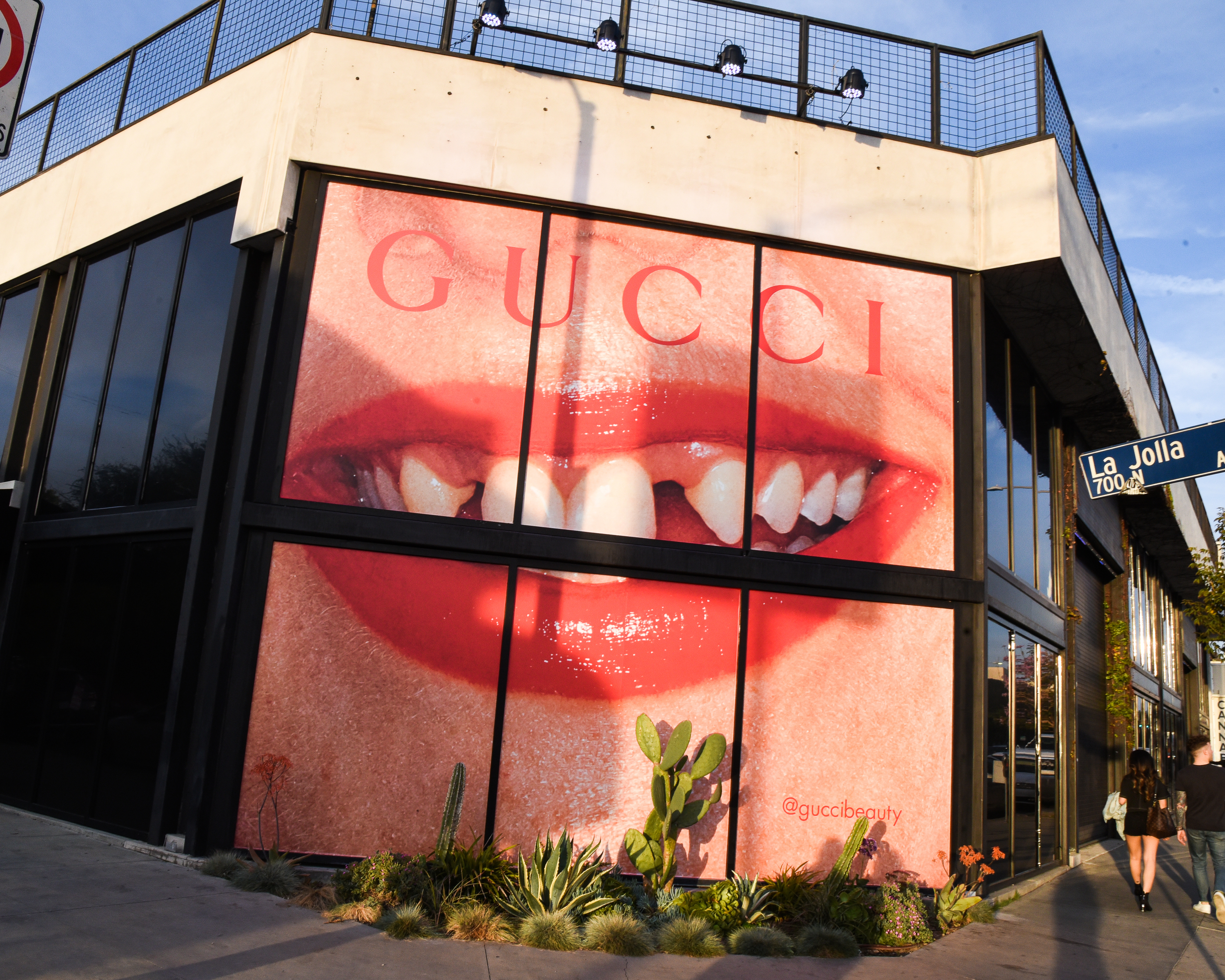 GUCCI BEAUTY CELEBRATES THE LAUNCH OF THE NEW GUCCI MASCARA L'OBSCUR WITH AN EXPERIENTIAL POP-UP IN LOS ANGELES_