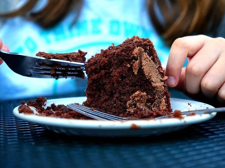 Dia 2: Um bolo fácil e rápido de chocolate