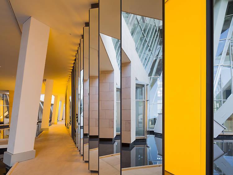 Pénétrer dans la Fondation Louis Vuitton en expos et en concerts