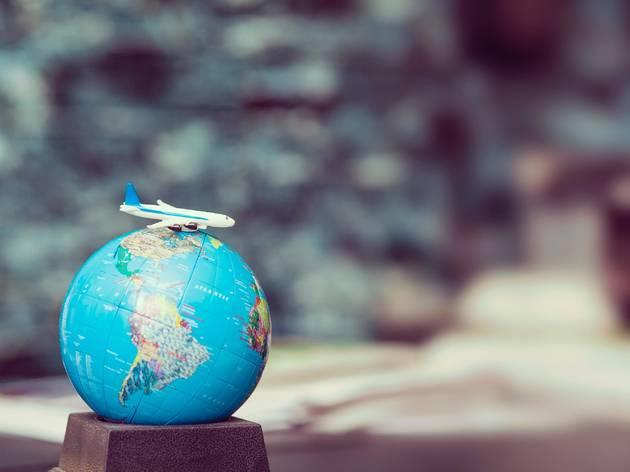 Sete dicas para viajar sem sair de casa