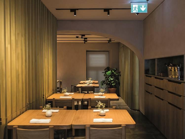 Reabertura dos restaurantes: capacidade reduzida, distância entre mesas e equipas com máscara