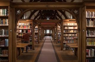 Pembroke college library