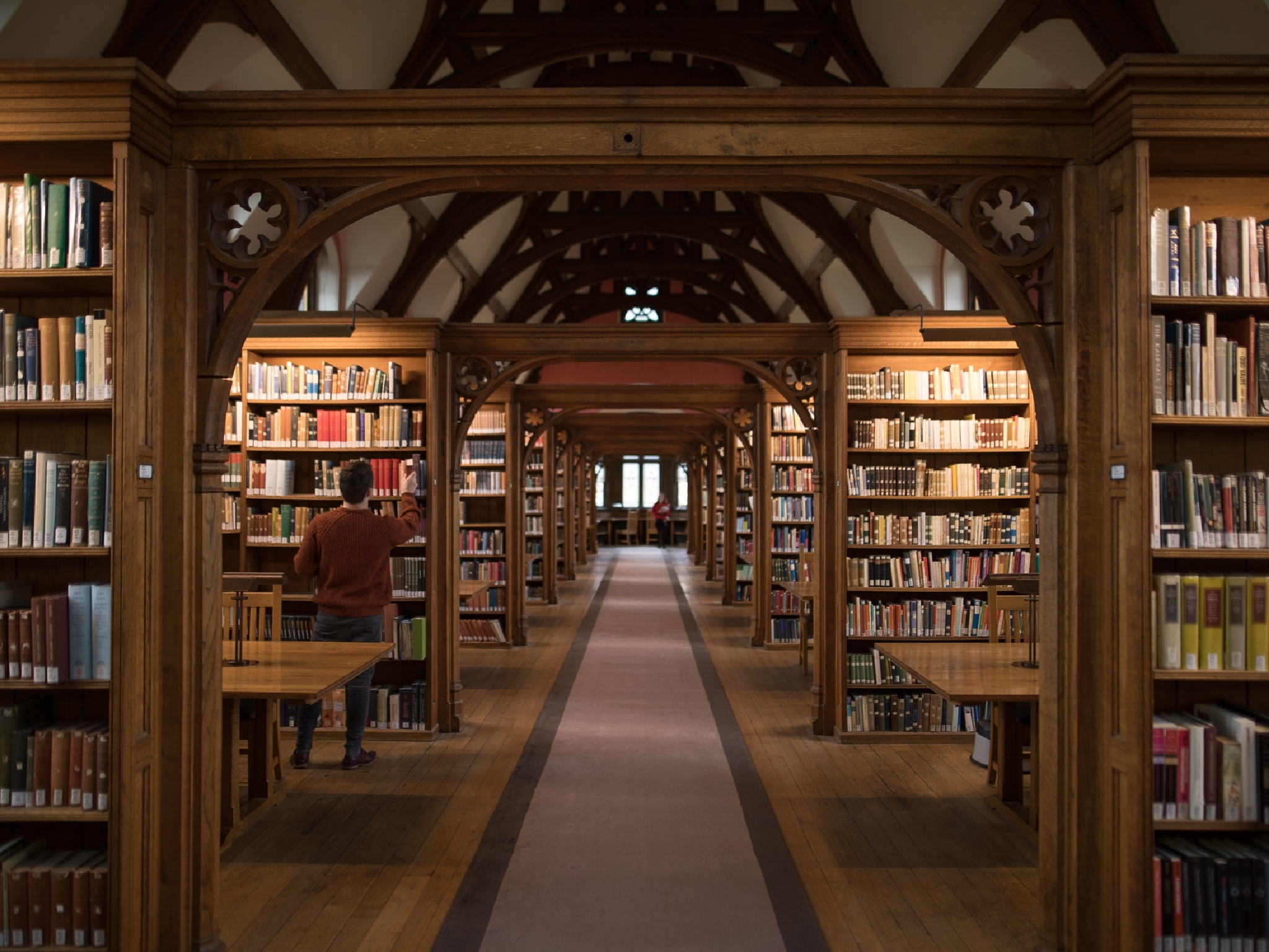 Pembroke college library