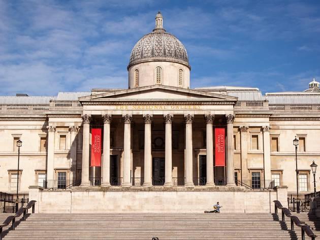 empty National Gallery during London lockdwon