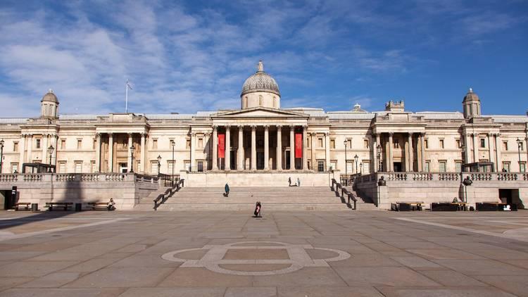 Trafalgar Square in lockdown