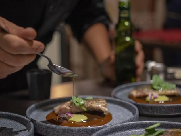 Desconocidos por Conocer, colectivo gastronóimico con comida en plato