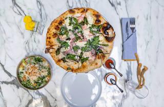 Milk Pizzería, pizzas de masa madre y cocteles de autor