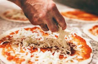Pizza making pizza kits