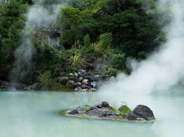 ベッドタイム:日本の温泉でうたた寝