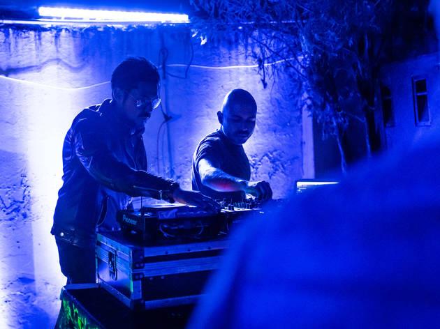 art-net con dj Renzo en fiesta exterior