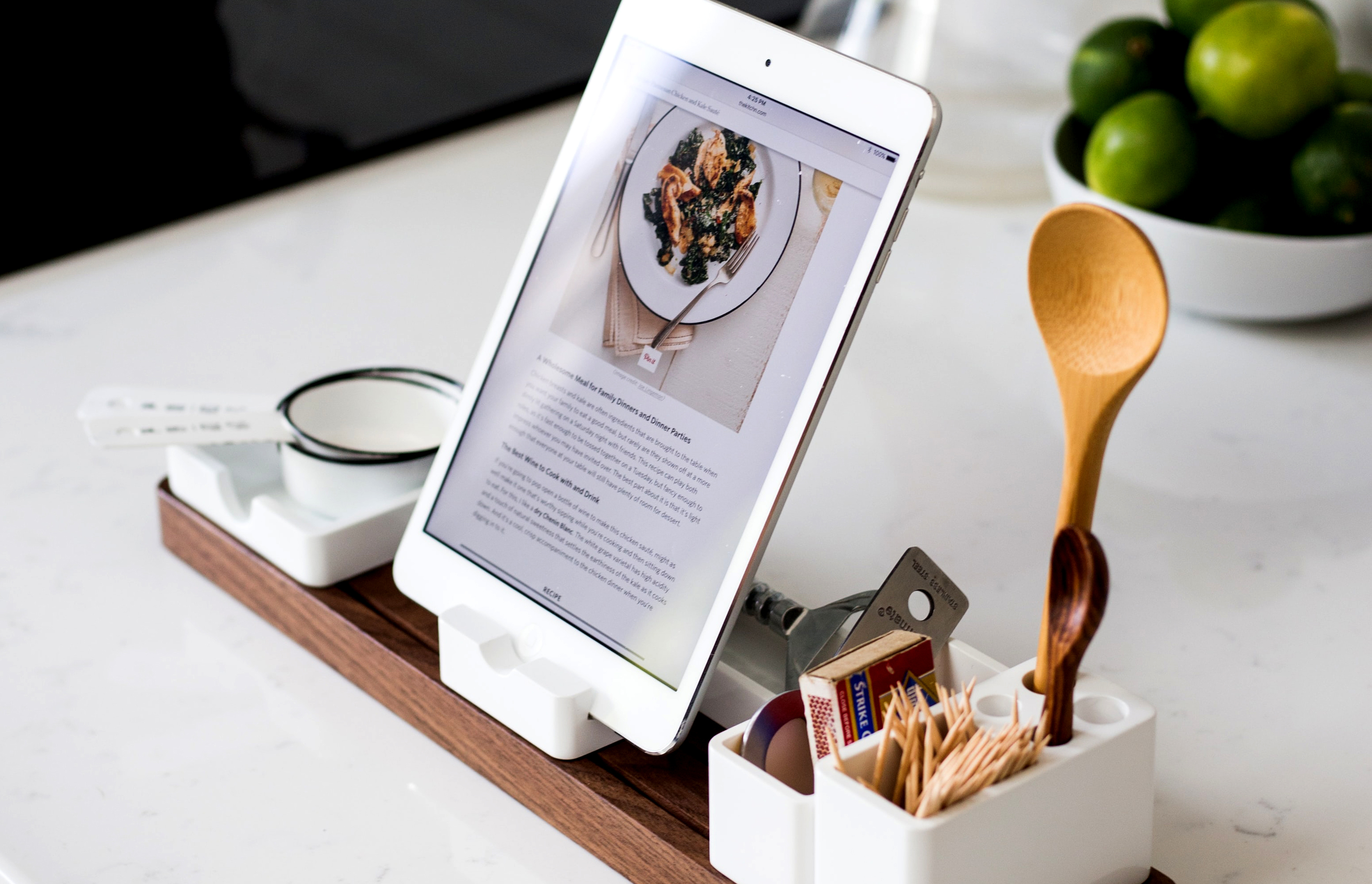 Online cooking courses I Photo by Jeff Sheldon
