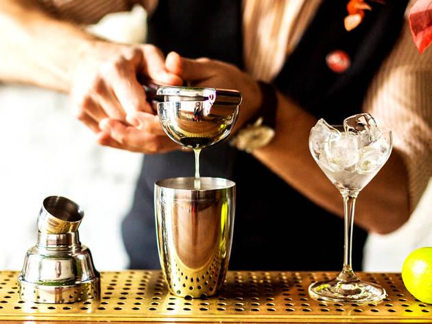 Prepárate un cóctel clásico en tu cocina