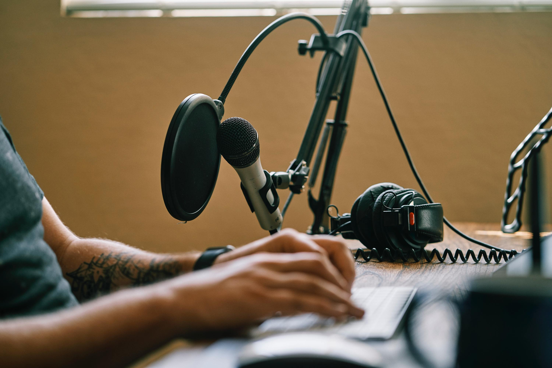 10 podcasts portugueses para ocupar os dias