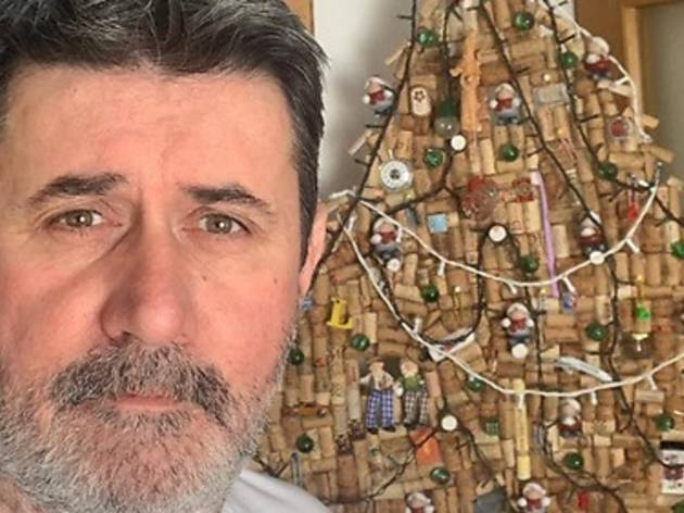 Croatian actor builds Christmas tree of wine corks... for Easter!