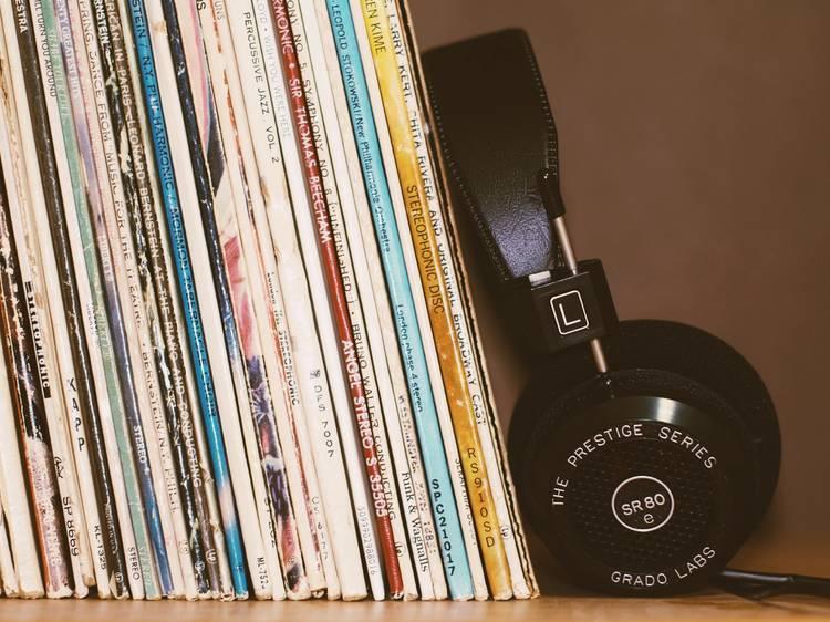 Listen to a 238-hour Haruki Murakami-inspired playlist