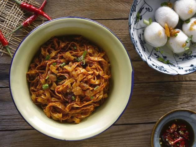 Li Xin Teochew Fishball Noodle
