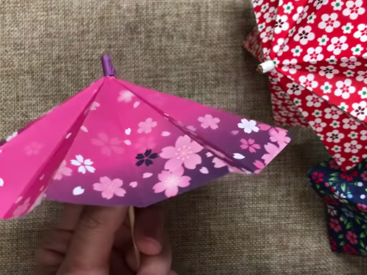 Arts and crafts you can make with things you have at home