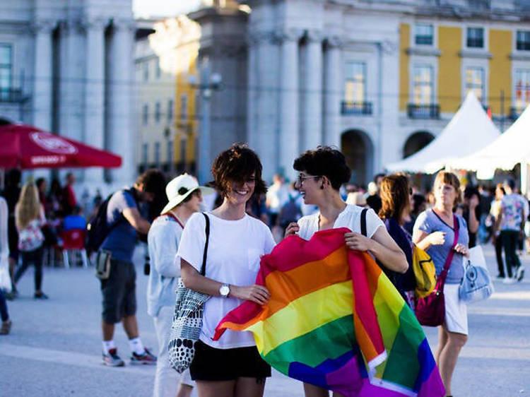 Seis maneiras de aproveitar o mês Pride