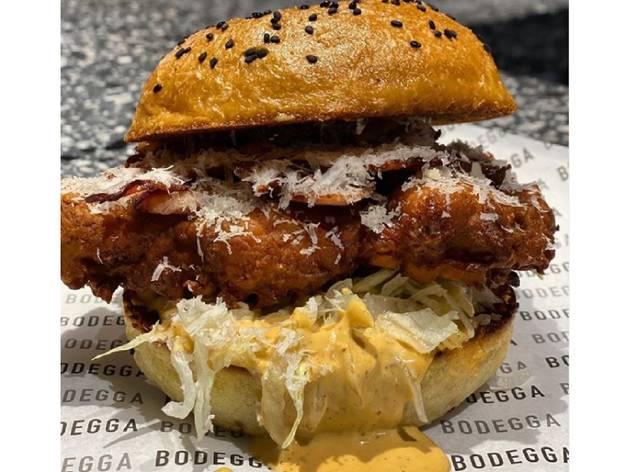 Bodegga Deli, sándwich de pollo frito