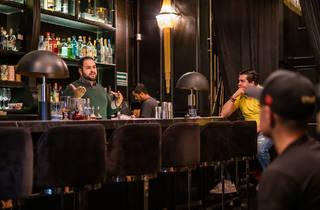 ¿Te interesa formar una profesión en bartending? LAB México te ayuda a formalizar este camino con talleres y clases especiales