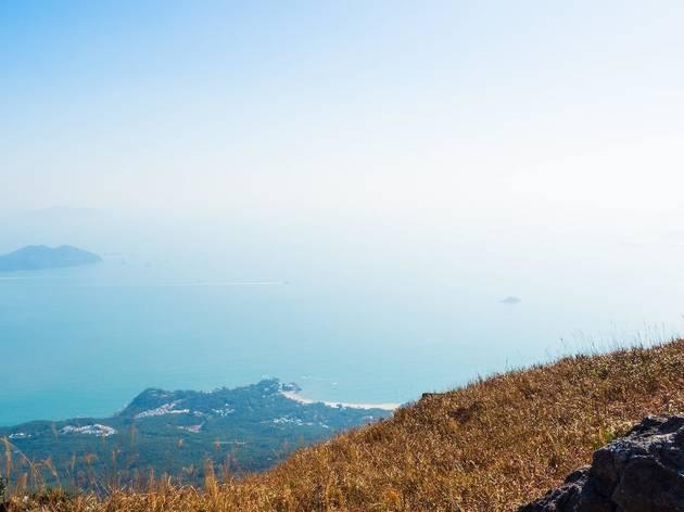 hike views lantau island