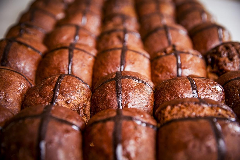 Agathe hot cross buns
