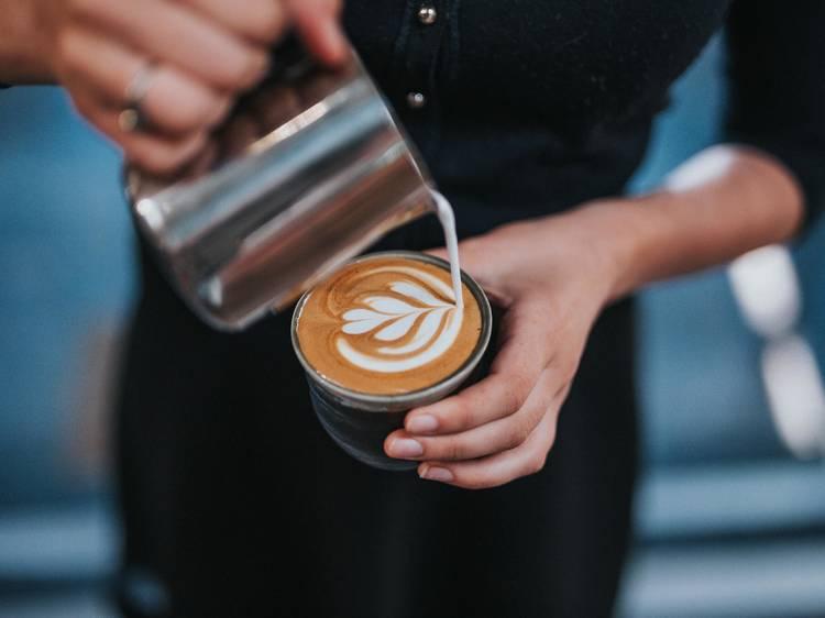 Célébrer la journée du café dans les meilleurs coffee spots de la capitale