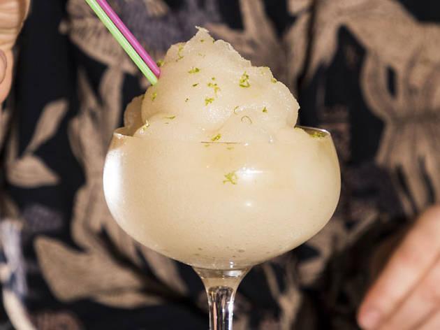 Lost Lake, daiquiri frappe, cocktail, frozen cocktail, frozen drink, jaclyn rivas