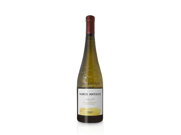 Vinho, Vinho Verde Monção e Melgaço, Muros Antigos Alvarinho branco, Anselmo Mendes