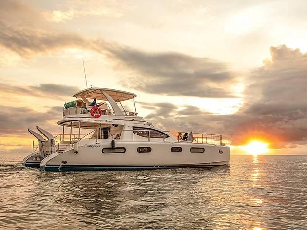 Ferri sobre el mar de Nayarit en México
