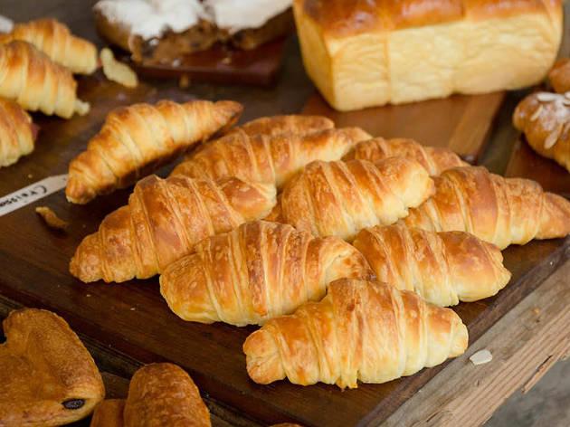 แนะนำ 10 ร้านขนมปังเบเกอรี่หอมกรุ่น ที่จะทำให้บ้านของคุณหอมอบอวล