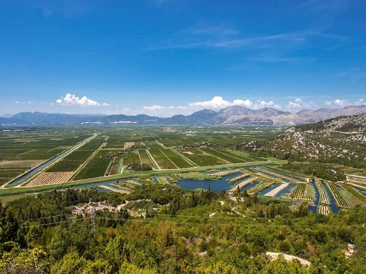 Be stunned by the topography of Neretva