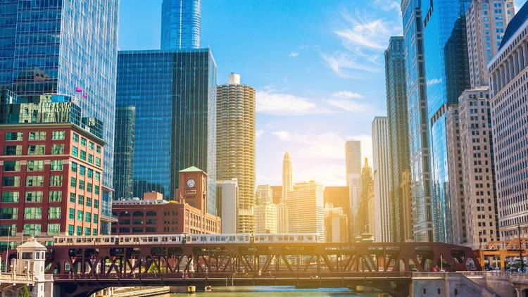 shutterstock, chicago, chicago skyline, downtown, downtown chicago, chicago river, bridge, loop, the loop, cityscape, skyline view