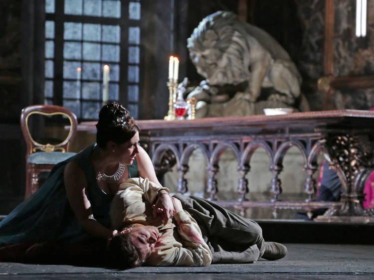 オペラが今後見逃せない8の理由