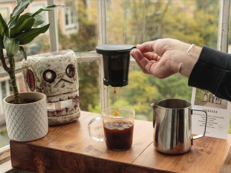 Ricky Foran, barista (Neighbourhood Coffee)