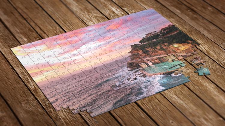 Jigsaw puzzle of Bronte beach