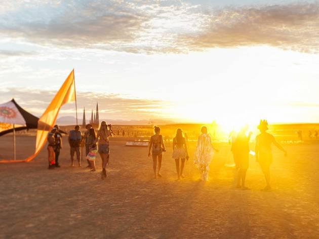 砂漠の祭典「バーニングマン」がキャンセルを発表、バーチャル空間での開催へ