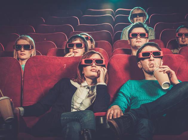 Gente en una salaa de cine