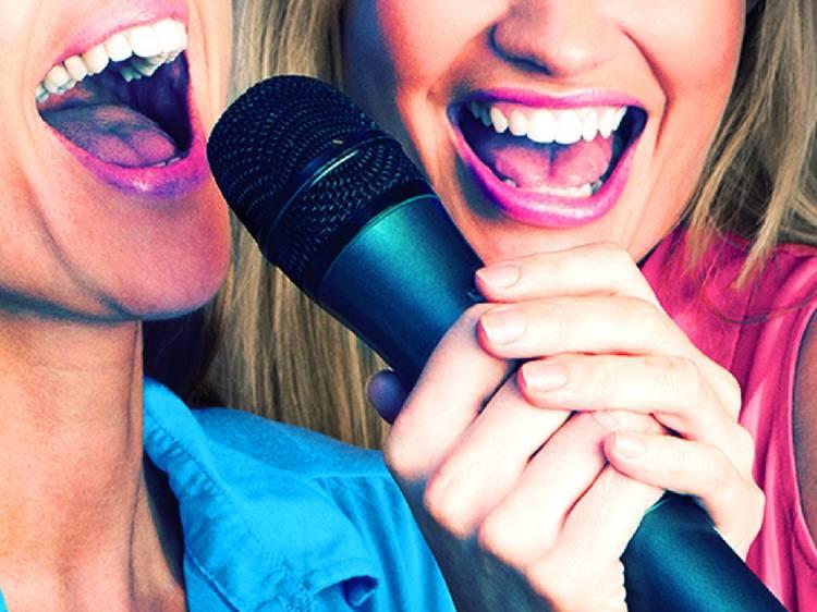 Dia 28: Uma sessão de karaoke