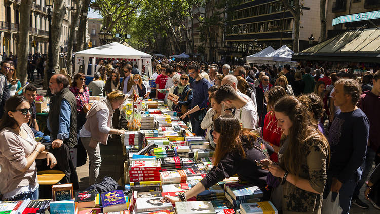 Sant Jordi moves to July 23 in 2020
