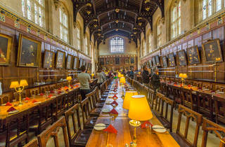 ¿El comedor de Hogwarts o el Christ Church de Oxford?
