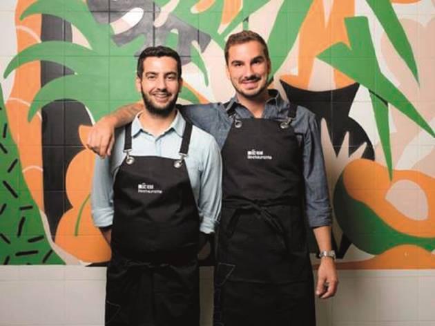 David Jesus e Nuno Bergonse, É Um Restaurante