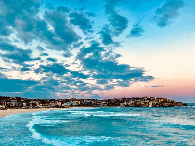 Bondi Beach at dusk
