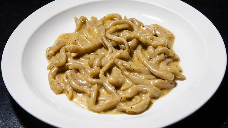 How to make Padella's pici cacio e pepe