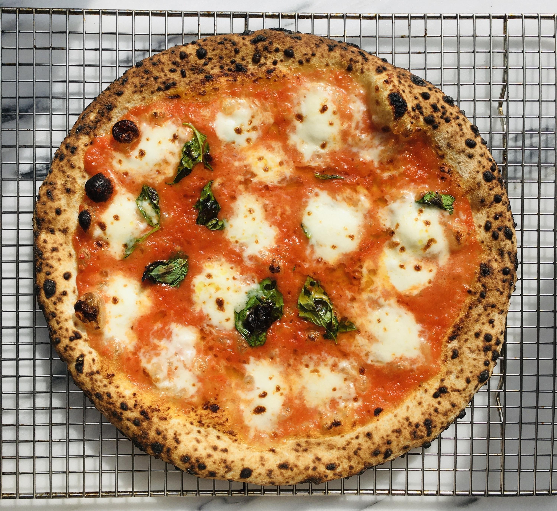 pizza Lupita