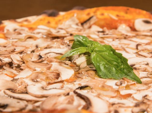 In Bocca al Lupo pizz FUNGHI