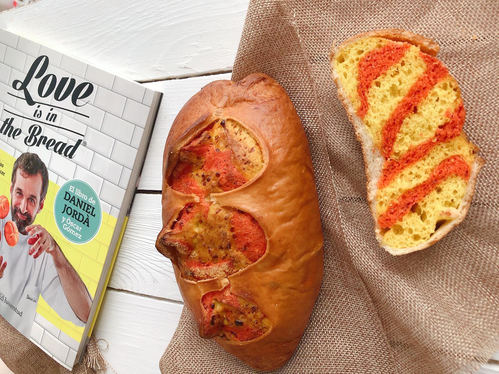 Fes el teu pa de Sant Jordi a casa!