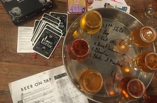 cervezas de sabores sobre la mesa